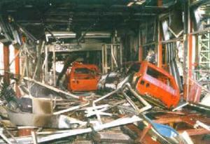 Zastava--KFZ-Fabrik- von NATO bombardiert1999
